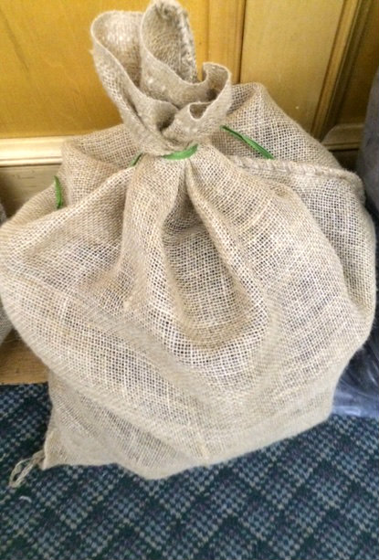 Irish Hand Cut Peat Turf - One Bag 15lb